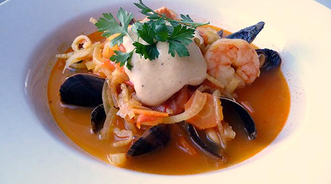 La bouillabaisse, la mer dans vos assiettes