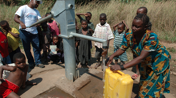 Des puits en Afrique pour un accès durable à l'eau