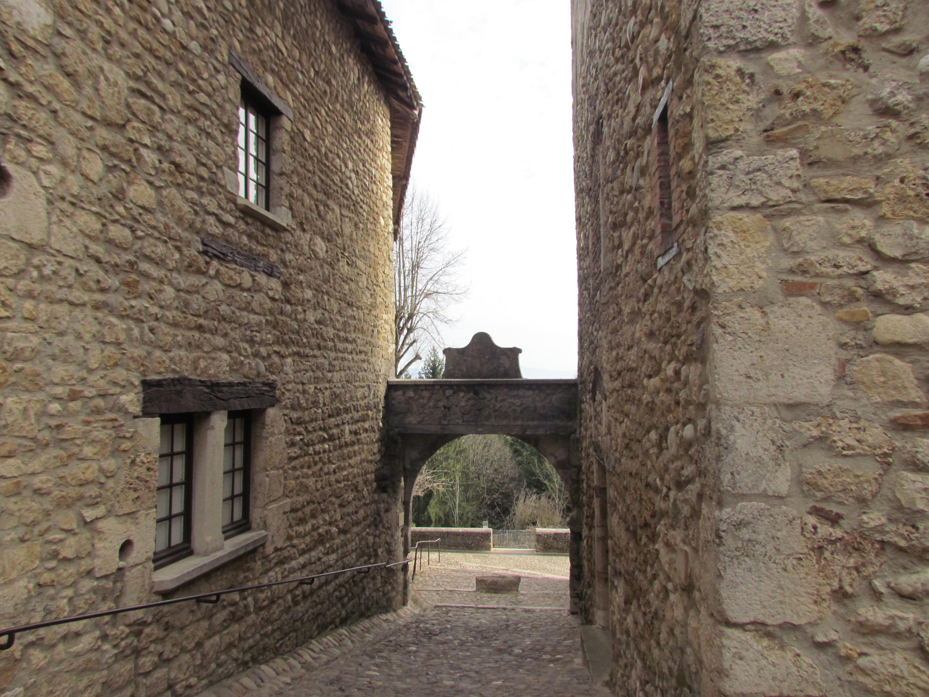 Pérouges, balade  au Moyen-Âge